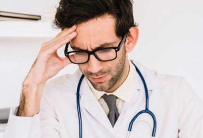 É crime a recusa do médico em realizar exame de corpo de delito determinado por delegado?